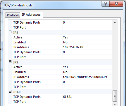 Default value with dynamic port